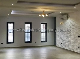 Top Notch 5 Bedroom Detached House Lekki